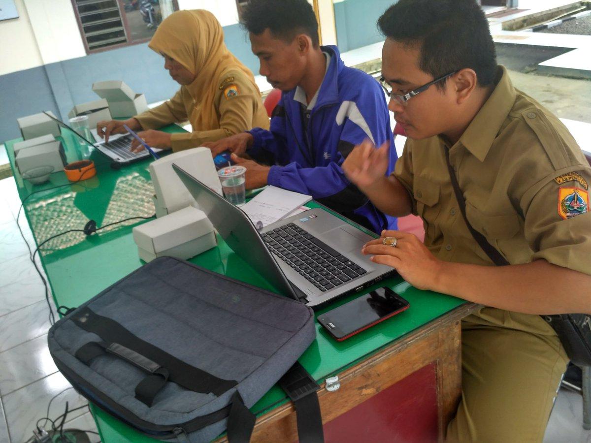 Para Peserta sedang belajar membuat artikel. Dokumentasi oleh Tim PUSPINDES,